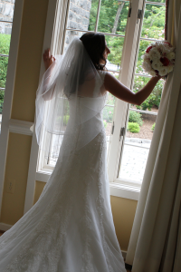 Smoke-Rise-Gallery---Bride-in-Room